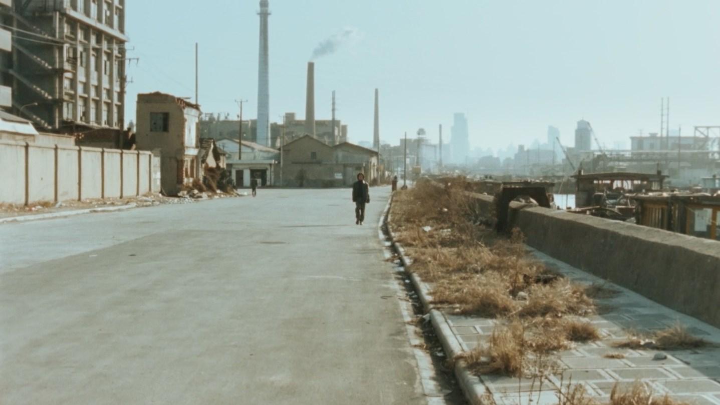 過去是真實,未來也是,只有現在不是:《蘇州河》劇照|負文學
